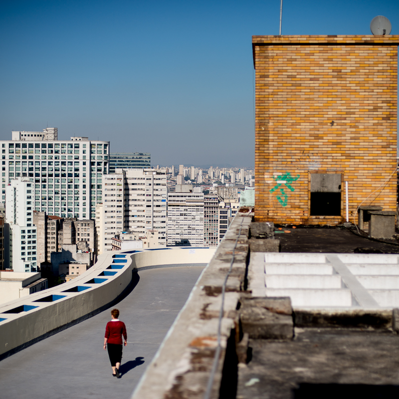 Ícone da arquitetura paulistana, o Condomínio Planalto é formado pelos edifícios Santo Amaro, Maria Paula e Genebra. Foi projetado em 1956 por João Artacho Jurado.