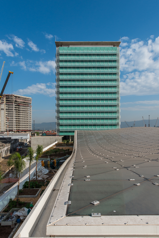 EDISA Petrobras S.A. - Santos, SP / Cliente: Glassec Viracon