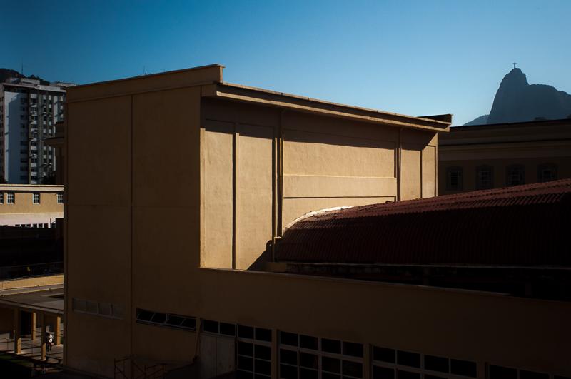 Fotos realizadas a serviço da Construtora Biapó. O prédio de estilo neoclássico está localizado na antiga Praia da Saudade, hoje Praia Vermelha. Encomendado por D. Pedro II, abriga desde 1891 o IBC, centro de referência nacional na área da deficiência visual.