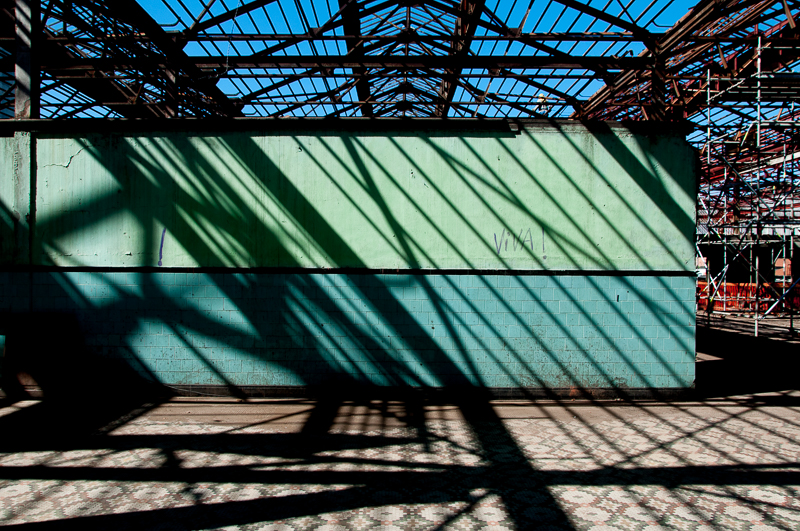 Fotos realizadas a serviço da construtora Biapó. / Restauração do galpão destinado à Fábrica de Espetáculos do Theatro Municipal, na Zona Portuária carioca.